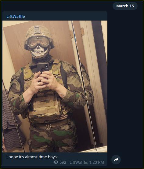 - IMAGE - Kyle Benton in posts a selfie